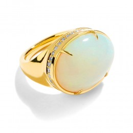 Syna 18k yellow gold Oval Opal ring